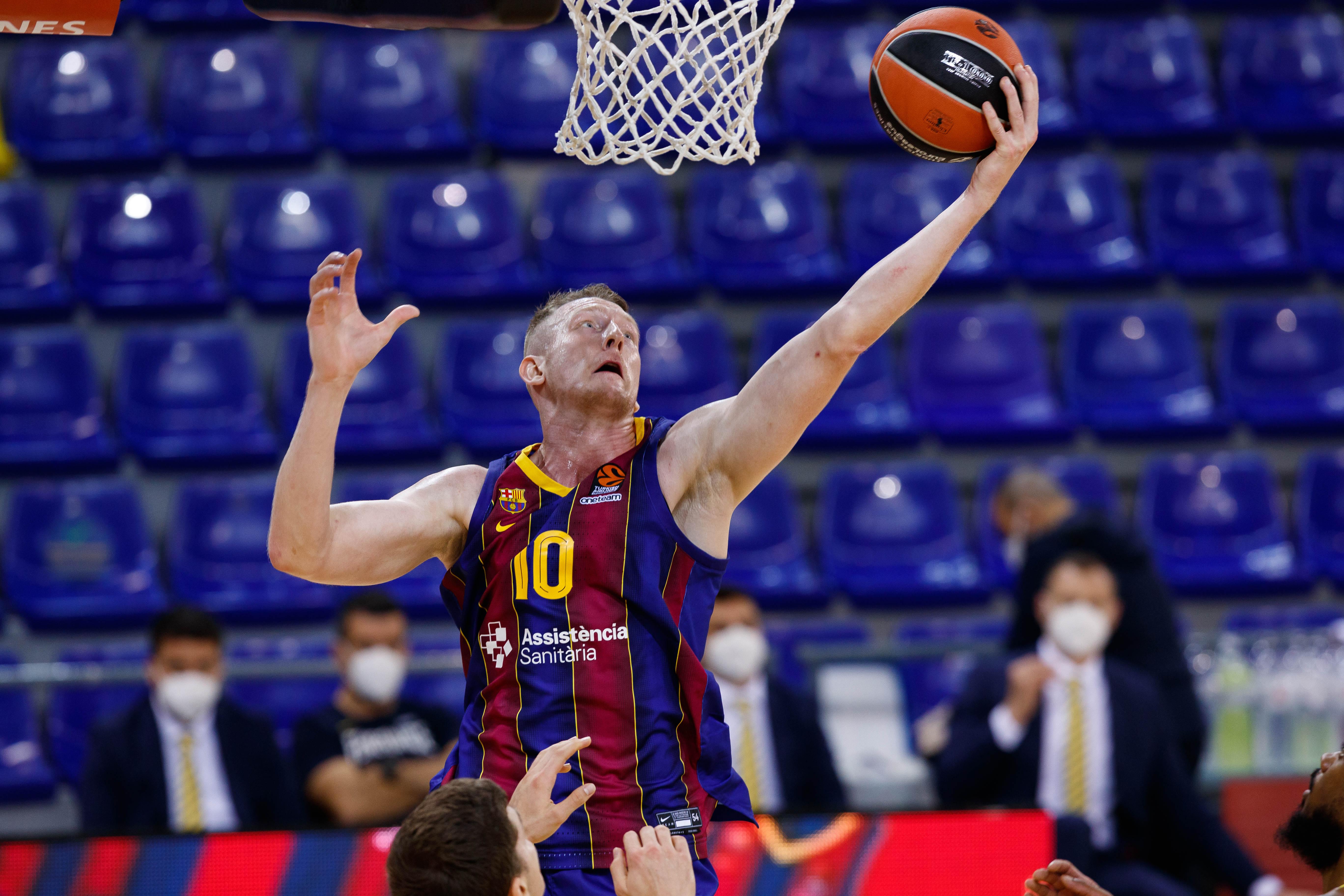 """Šmits ar """"Barcelona"""" komandu derbijā uzvar Žagaru un """"Joventut"""""""