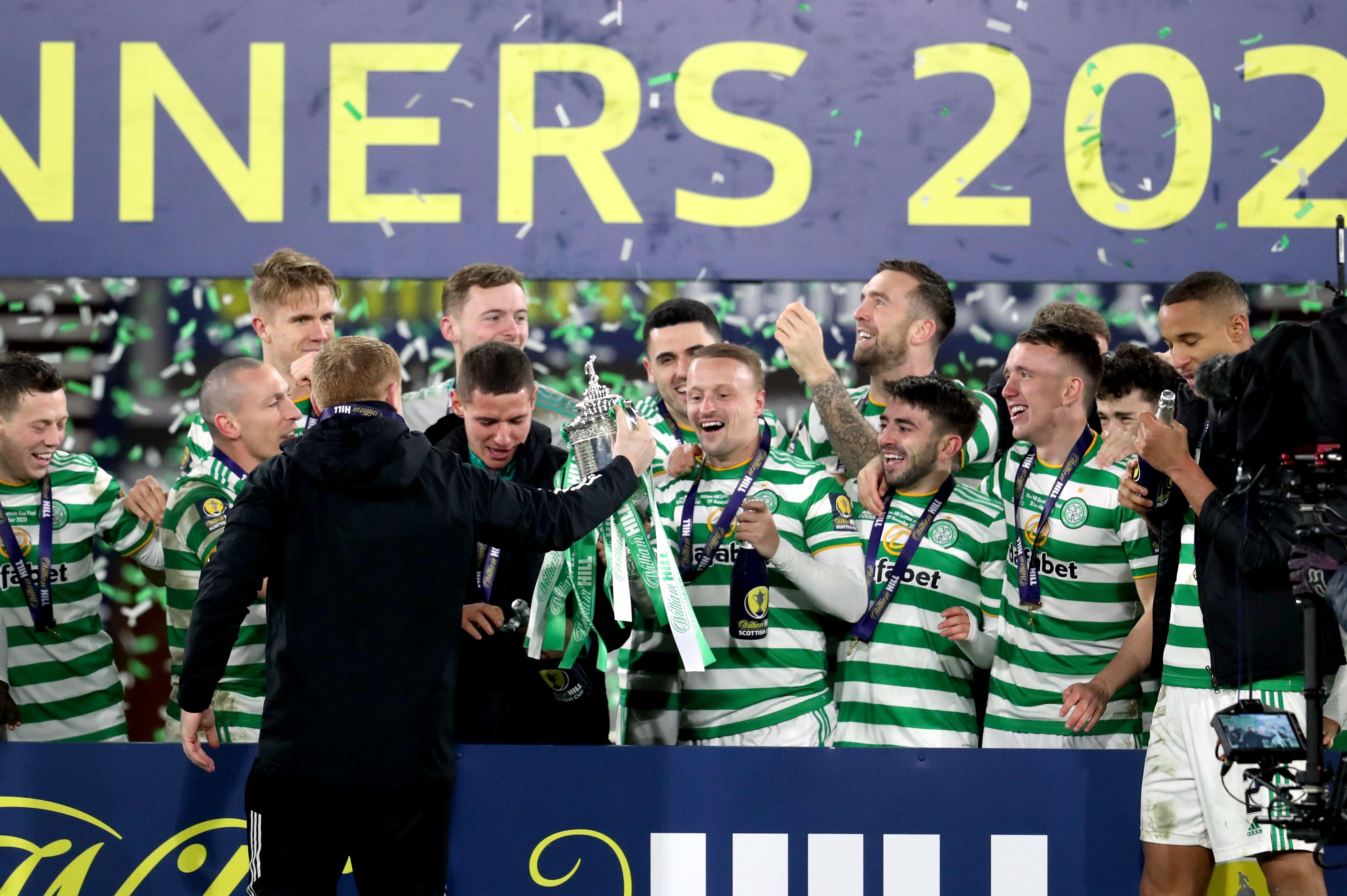 """Glāzgovas """"Celtic"""" izcīna divpadsmito trofeju pēc kārtas"""