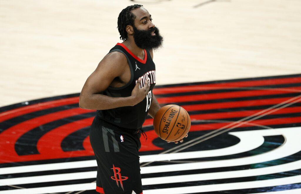 Desmit lielākās algas NBA