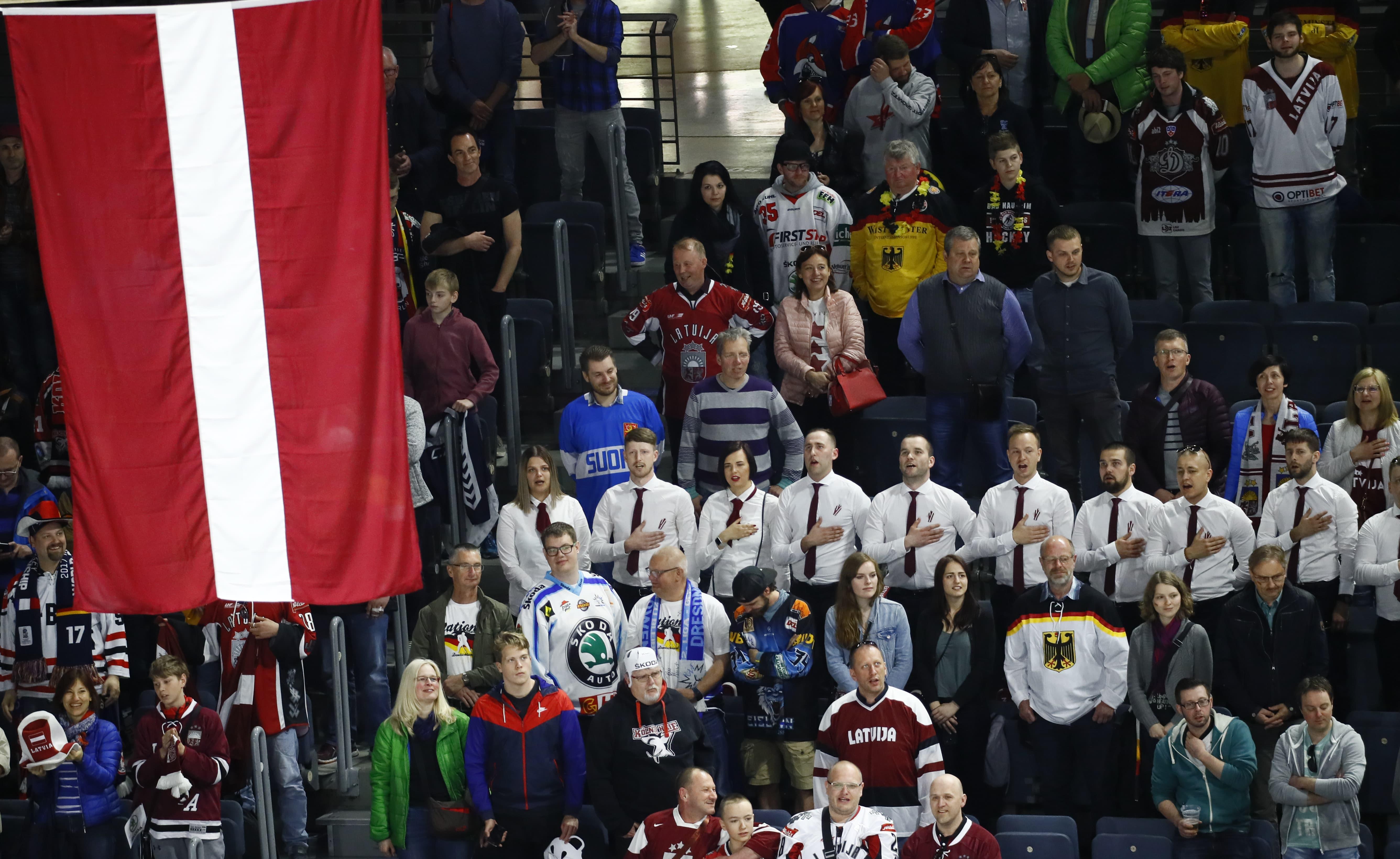 Kariņš joprojām neredz iespēju Minskā rīkot hokeja čempionātu