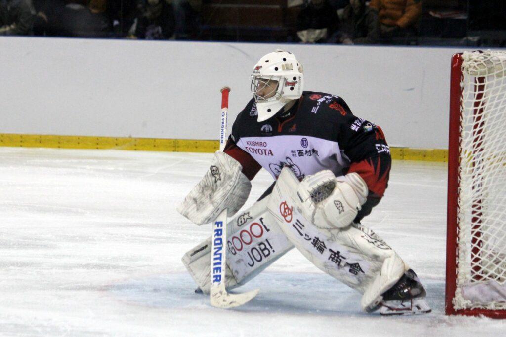 No NHL līdz pat Japānai - Latvijas hokeja vārtsargu leģions