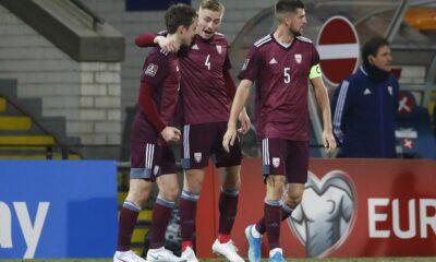 Latvijas futbola izlase (beidzot!) izrāda pretestību