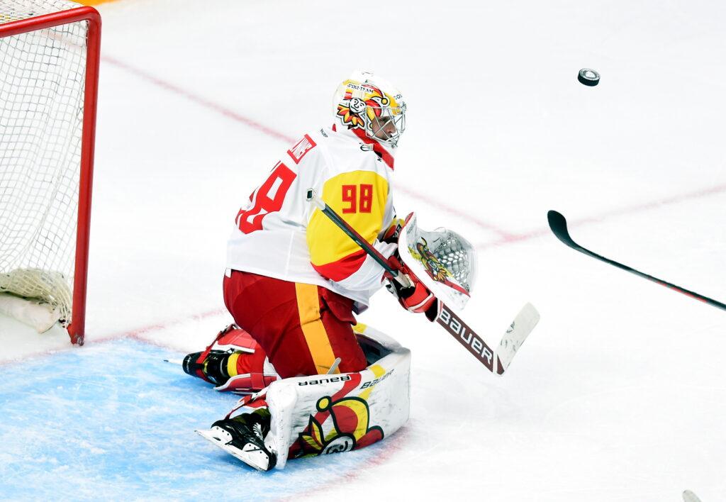 Merzļikins nespēlēs; kurš būs izlases pirmais numurs Rīgā?