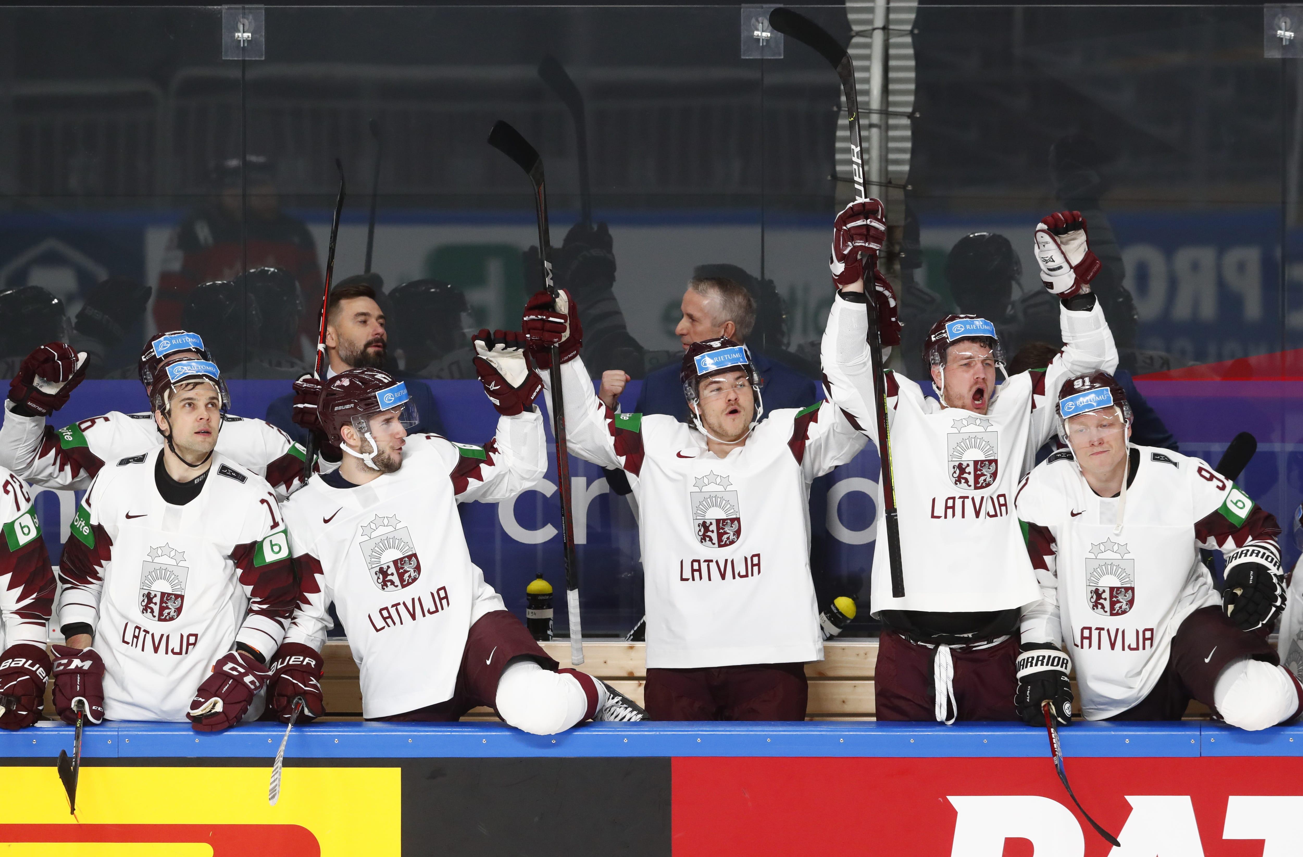 Vājākie Rīgā sit spēcīgos! Septiņi vēsturiski brīži trijās čempionāta dienās