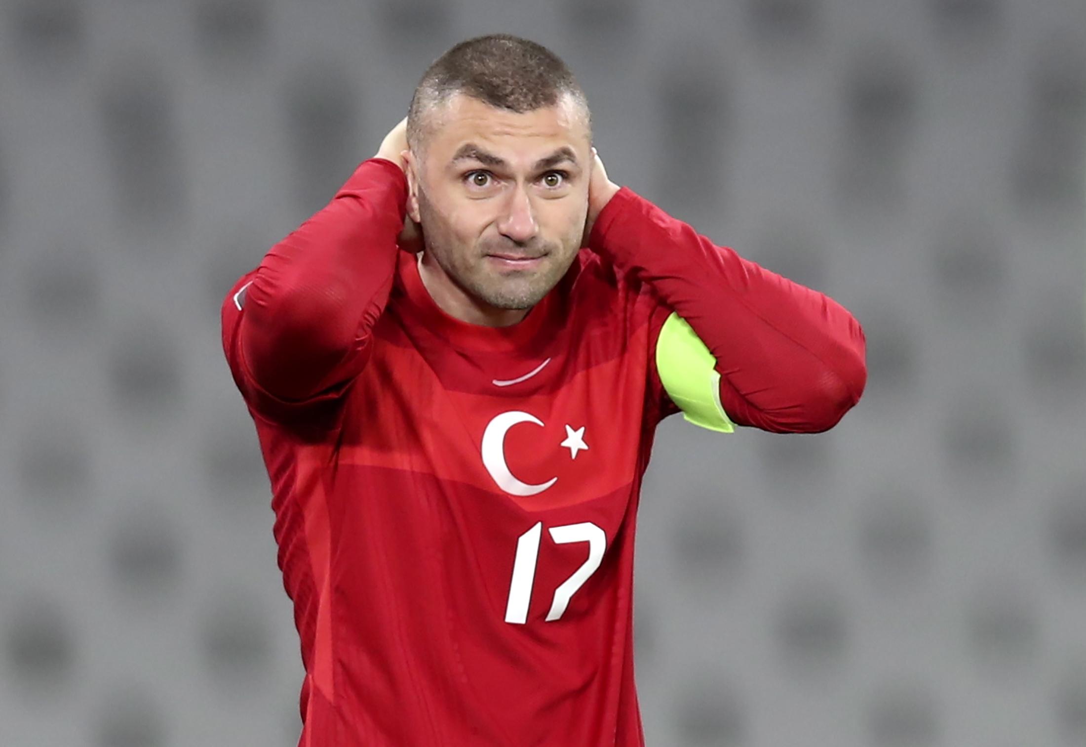 """EURO 2020: čempionāta """"melnie zirdziņi"""""""